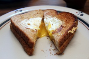 Cheesy-Egg-in-a-Hole (1)